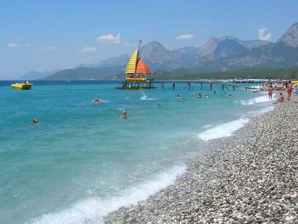 Более 450 пляжей Турции получили «голубые флаги»
