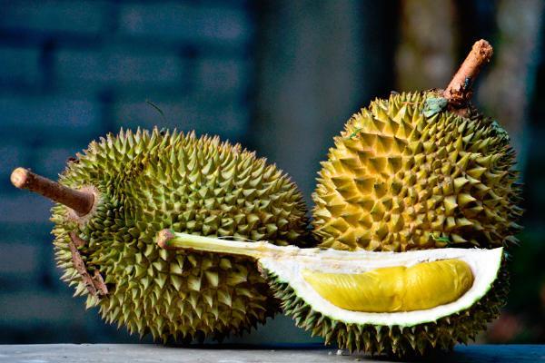 Китайским туристам предлагают поездки в Малайзию с дегустацией дуриана