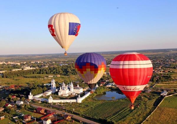 Полтора десятка аэростатов поднимутся в небо над Суздалем на фестивале воздухоплавателей