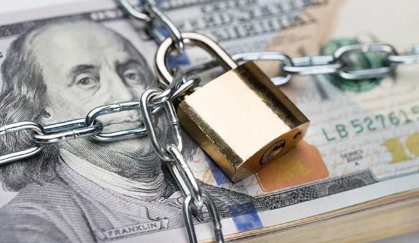 Банковские счета «Натали-Турс» заморожены