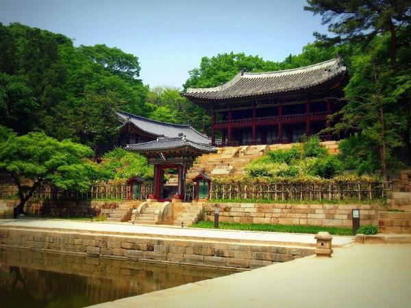 Турпоток в Южную Корею вырос на 7% в первом полугодии