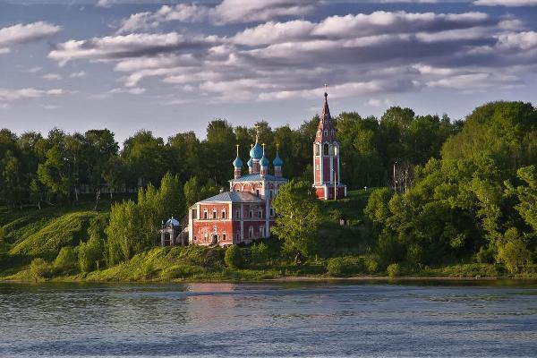 Администрация Тутаевского района Ярославской области покупает теплоход