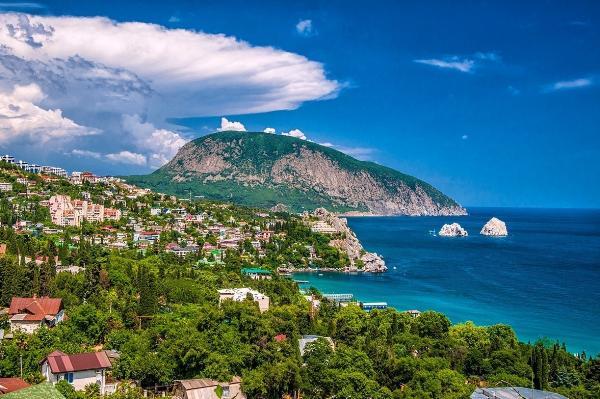 Более 3 млн туристов побывали в Крыму с начала года