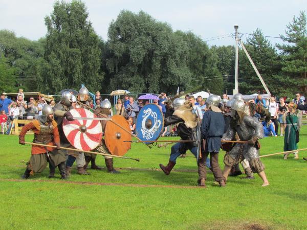 Фестиваль «Княжья братчина»: в новгородской Старой Руссе пройдут ратные бои