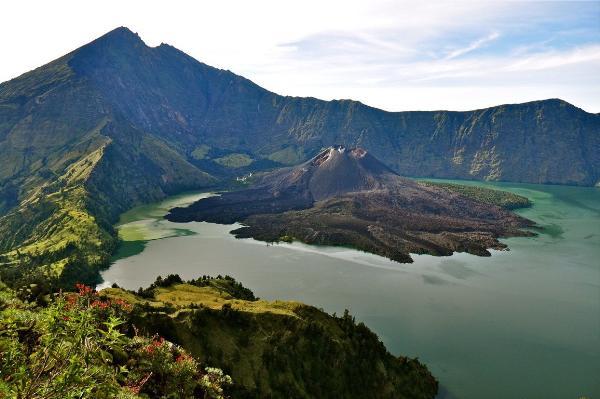 Землетрясение на индонезийском острове Ломбок