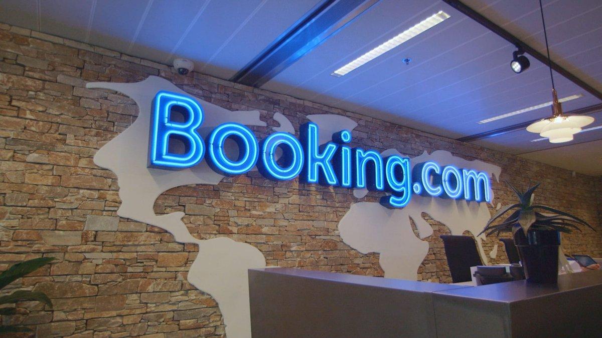 Система Booking.com снова перестала бронировать объекты размещения в Крыму из-за санкций