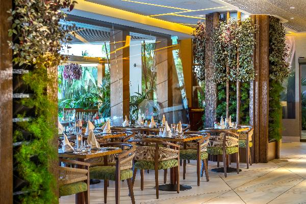 Four Seasons на Кипре обновились рестораны Tropical и Seasons Oriental