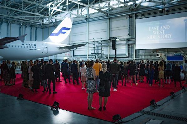 Состоялась премьера первого в мире фильма, снятого авиакомпанией и аэропортом