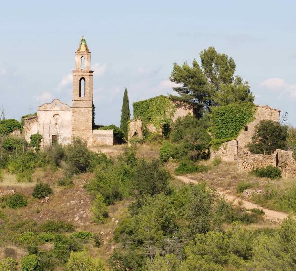Заброшенная деревня, расположенная на пути Святого Иакова, продается за €265 тысяч