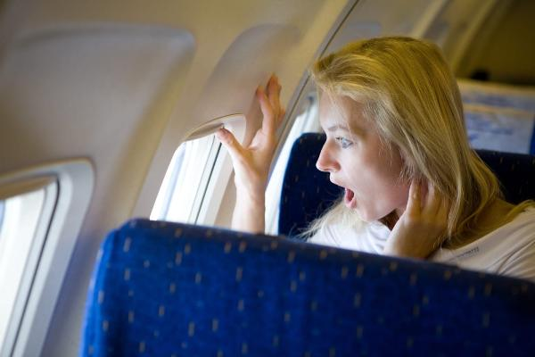 «АльфаСтрахование» поможет побороть аэрофобию