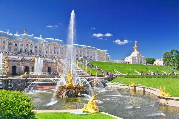 Петергоф на протяжении 5 лет удерживает лидерство по посещаемости среди российских музеев