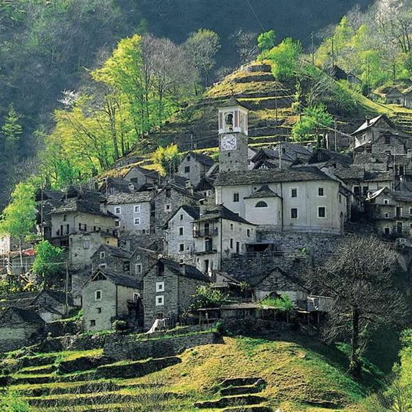 Заброшенную деревню в Швейцарии превратят в гостиничный комплекс