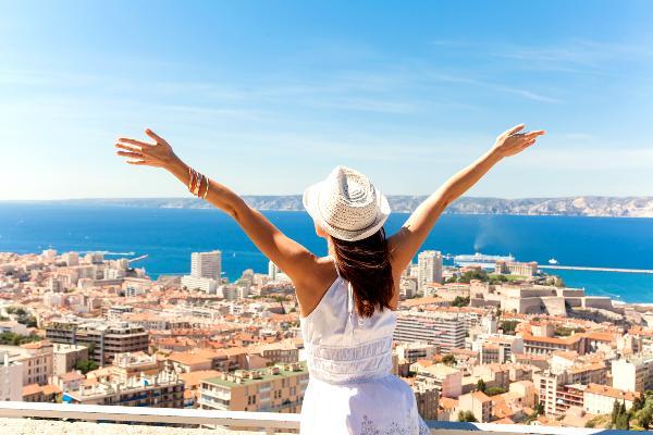 Осенью доля путешествующих за границу самостоятельных туристов выросла