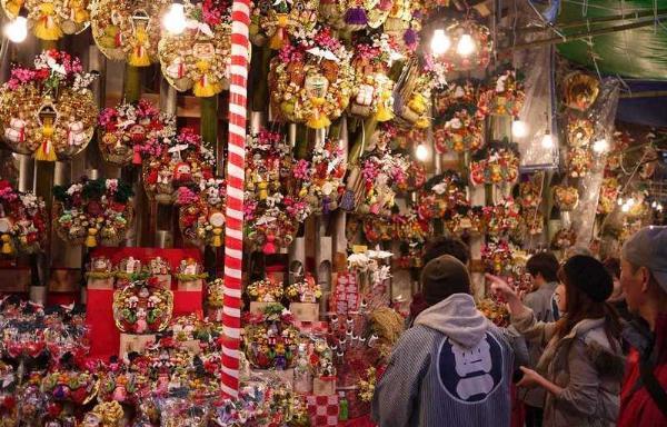 Тори-но-Ити: счастливый Фестиваль петуха в Японии