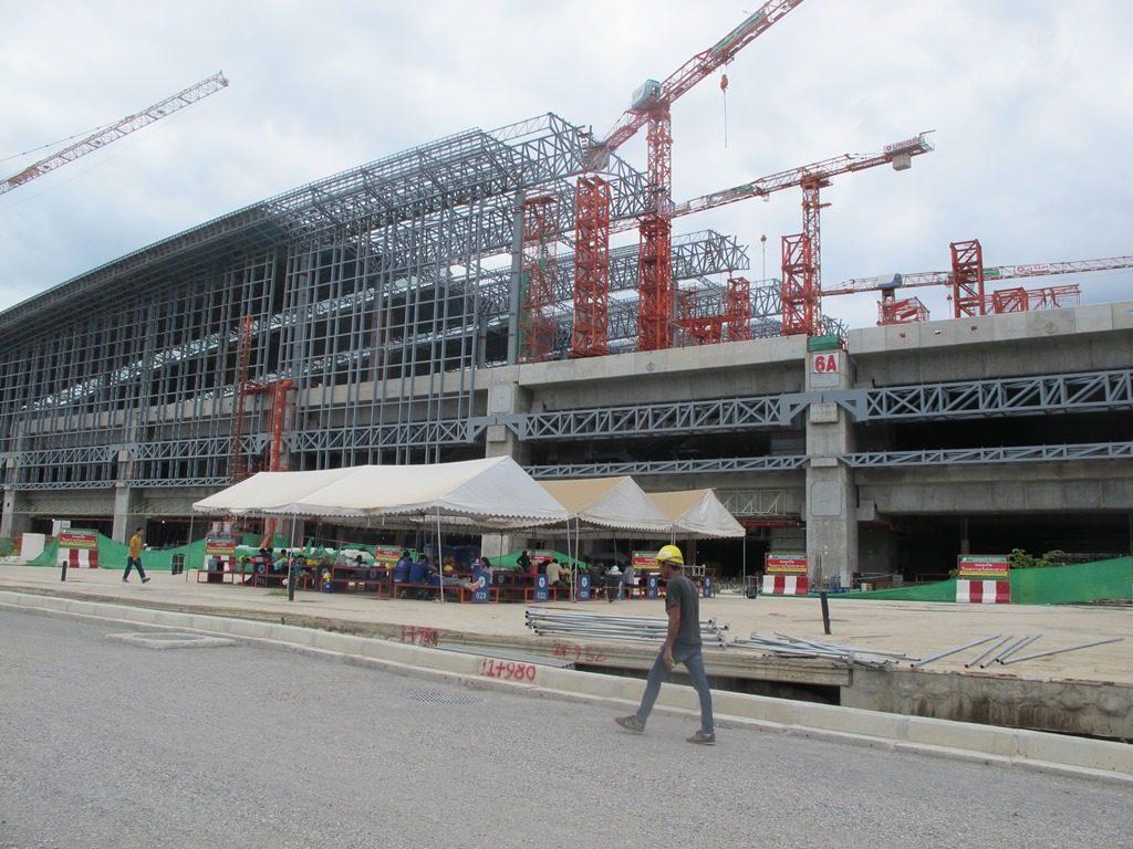 Новый железнодорожный вокзал Бангкока Bang Sue Grand Station заменит старый Хуа Лампонг
