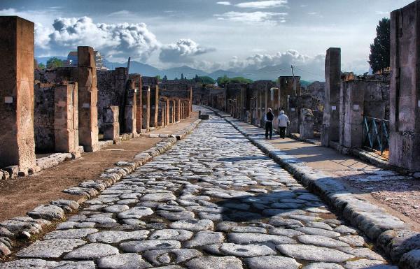 В Помпеях обнаружена надпись, меняющая историю извержения