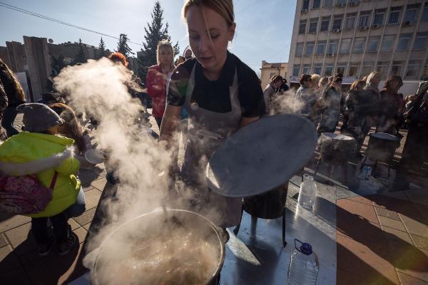 Повара «Гастрономической карты России» из 10 регионов накормили 20 тысяч гостей на фестивале в Пятигорске