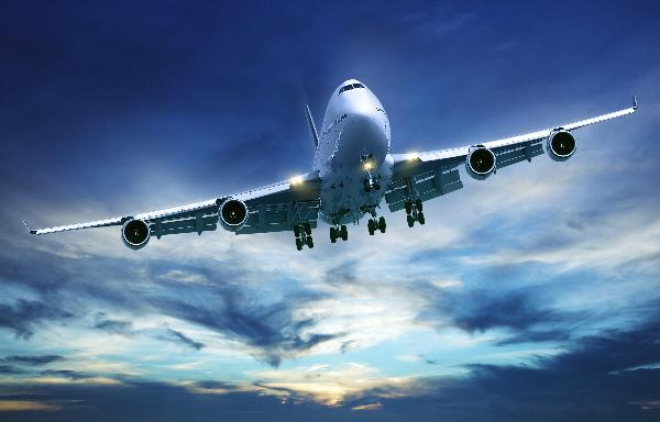 Спрос на авиабилеты в сентябре-октябре резко упал