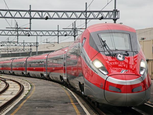 Скоростные поезда «Frecciarossa» будут курсировать по новому маршруту Венеция-Фьюмичино