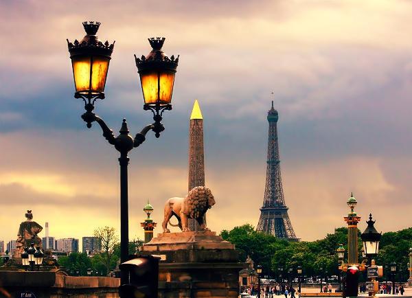 Более половины россиян заявили о желании посетить Францию