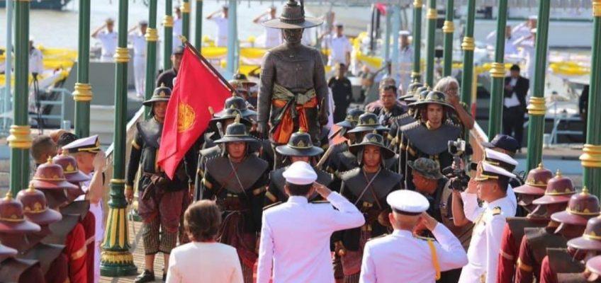 Историческая реконструкция похода короля Таксина Великого — красочное национальное шоу в Таиланде