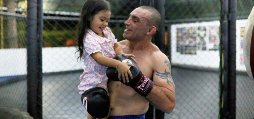 Итальянский боксёр муай-тай умер после боя в Бангкоке