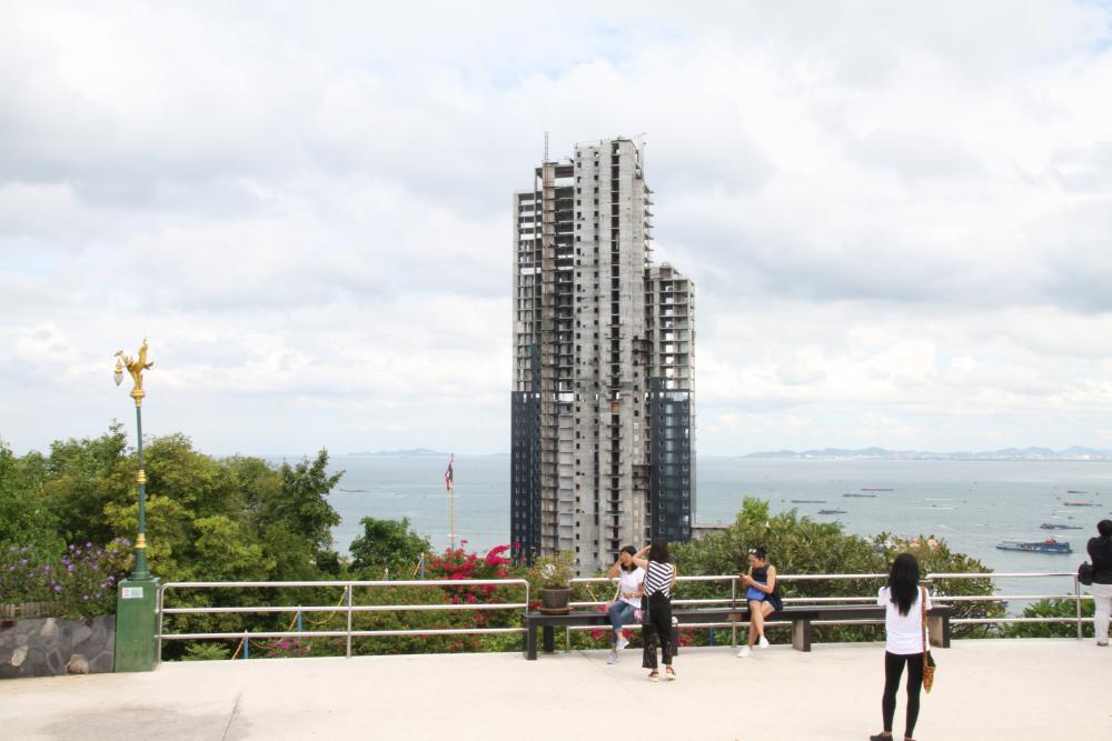 Кондоминиум Waterfront в Паттайе — судебные иски на 100 миллионов батов