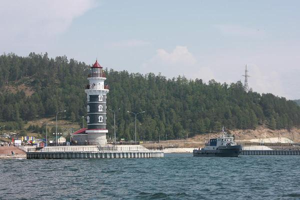 Власти Бурятии намерены развивать на Байкале элитный туризм