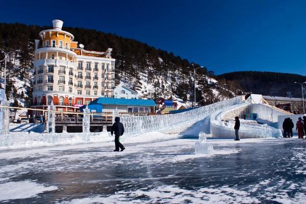 На южном Байкале открылся зимний туристический сезон