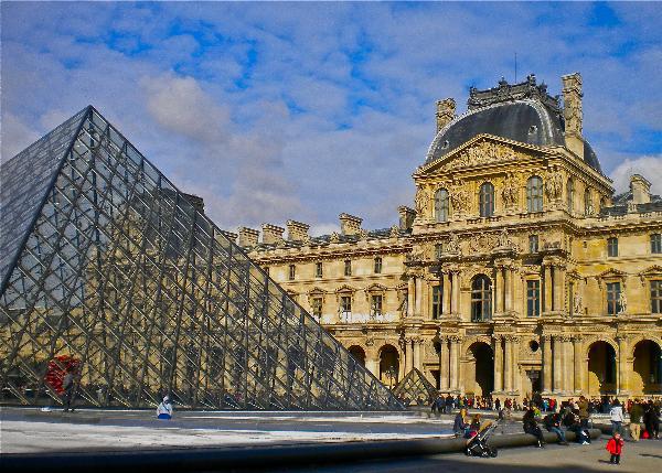Лувр отменит бесплатный вход по воскресеньям