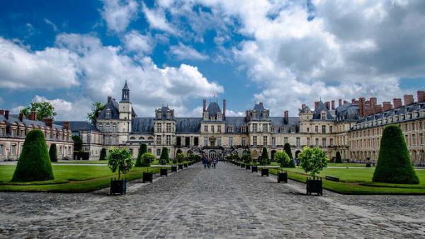Столичный регион Франции представил множество туристических открытий