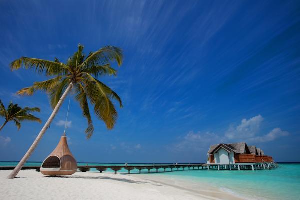 Новый Год: в Furaveri Island Resort & Spa новогодний квест гостей и скидка в 30%