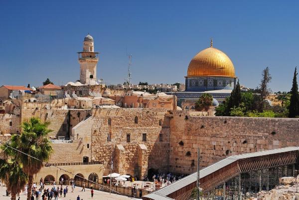 Израиль в 2018 году посетили четыре миллиона туристов