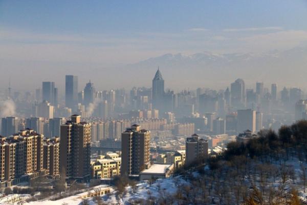 В Синьцзяне бурно развивается зимний туризм