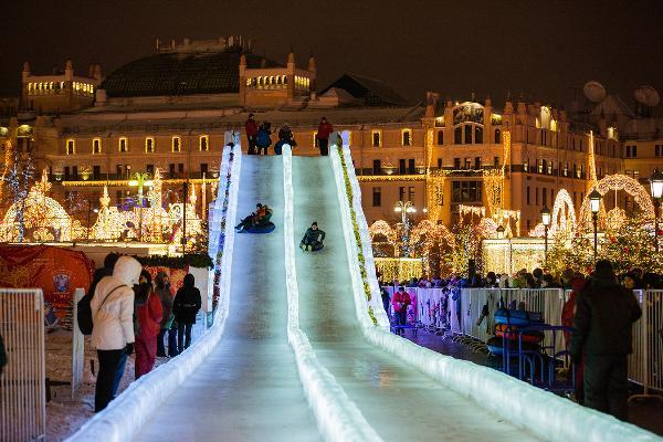 Праздничные гулянья на Рождество пройдут в 24 парках Москвы
