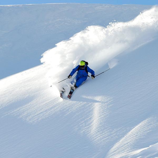 Снегопады не помешали отдыху российских туристов в Альпах