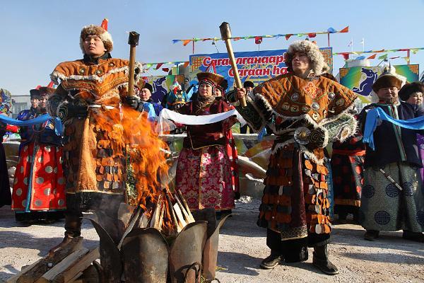 Дугжууба, ёхор, шаманы – в Иркутске готовятся к Сагаалгану