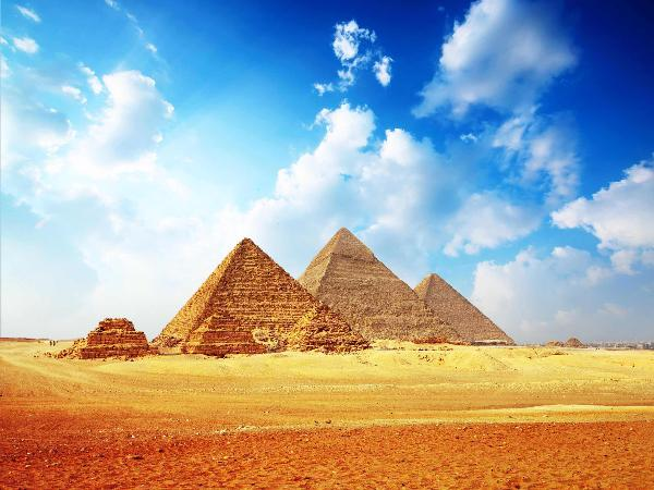В Египте к отслеживанию туристических автобусов привлекут военных