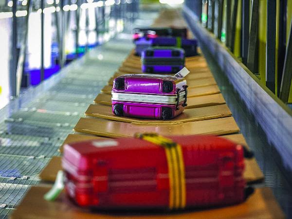 Генконсульство РФ в Анталье напомнило туристам о нормах провоза багажа